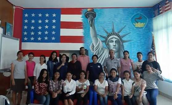 Peserta Kursus Bahasa Inggris Kerjasama AMGPM Daeeah P. Ambon Utara dan American Corner